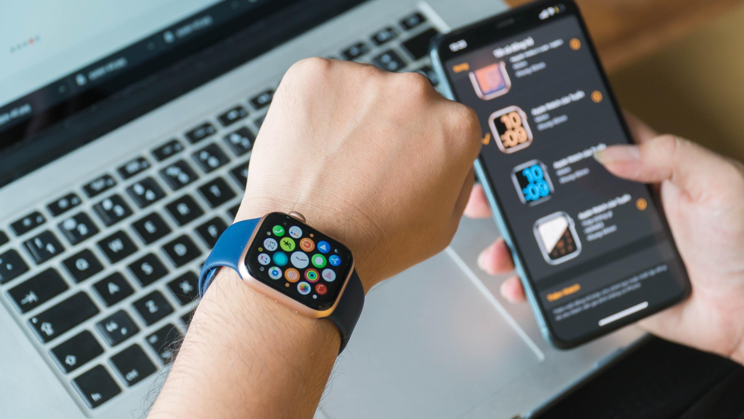 Apple Watch 6 và SE về Việt Nam, giá tới 14 triệu đồng