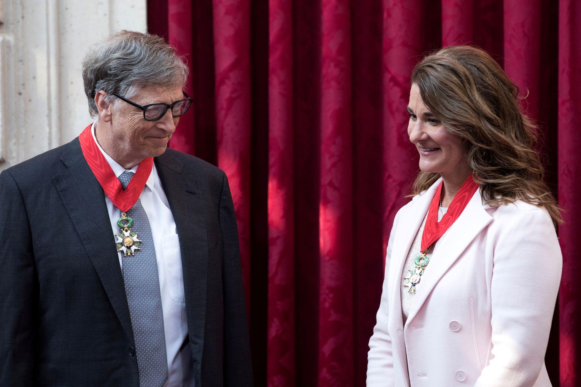Bill Gates và Melinda bắt đầu chia tài sản